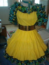 SQUARE DANCE YELLOW WITH BLACK HAWAIIAN PRINT BLOUSE/SKIRT SET-BELT-TIE  SZ. M