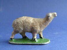 QUIRALU - La ferme - Mouton en train de bêler (1)