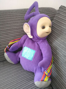 TELETUBBIES TINKY WINKY GOLDEN BEAR BACKPACK RAINBOW STRAP 1996 CBEEBIES VG USED