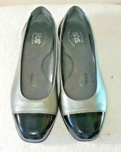SAS Tripad USA women's 9W dress flats 1/2in heel silver/black patent leather