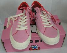 Converse Hello Kitty One Star Pink Suede Low Top Ladies 6.5 CHRISTMAS GIFT  NIB 74c3dd084