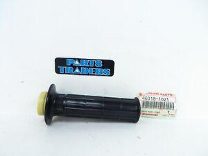 NOS Genuine Kawasaki Throttle Tube/Grip KZ1000 KZ750 ZN1100 ZN700 ZX1100 ZX750