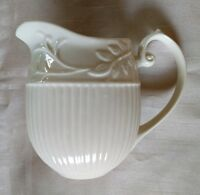 I Goddinger & Co Creamer Pitcher Cream White Ivory 5 inches Tall