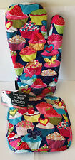New listing Two Lumps Of Sugar Kitchen Oven Mitt & Pot Holder Set Cupcakes Hearts Cherries
