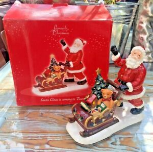 Leonardo Christmas - Santa Claus Is Coming To Town ornament - approx 19cm tall