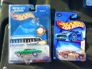 HOT WHEELS SET OF 2 1967 PONTIAC GTO's GREEN W/REDLINE REAL RIDERS & BROWN COCOA