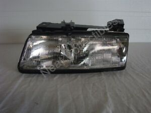 NOS OEM Pontiac Grand Am Headlamp Light Assembly 1989 - 91 Left Hand