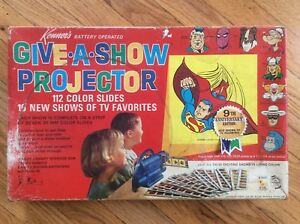 "VINTAGE/ANTIQUE 1968 KENNER'S BATTERY OPERATED ""GIVE-A-SHOW PROJECTOR"" VERY NICE"