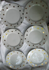 CRATE & BARREL GOLD STAR DINNER PLATES - SET OF 6