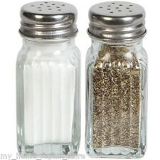 US SELLER FREE S&H SET OF SALT & PEPPER SHAKERS CLEAR FLUTED GLASS W/ METAL LIDS