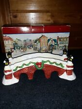 1991 Lemax Dickensvale Collectibles Porcelain Foot Bridge w/ lamps & wreath
