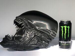 HR Giger Alien Xenomorph inspired 1:1 Alien Head Alien VS Predator Action Figure