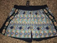 NWT Miss Me Aztec Print Colorful Shorts Womens Sz M Navy