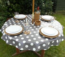140CM ROUND WIPE CLEAN PVC TABLECLOTH WITH PARASOL HOLE - GREY & WHITE POLKA DOT