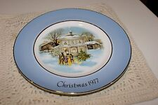 Avon collector plate Christmas 1977 Carolers in Snow Wedgwood Tunstall England