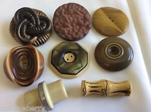 Vintage mixed lot of 8 Art Deco Retro Celluloid buttons mixed size & color