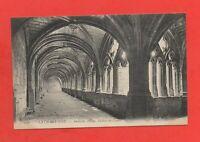 France - LA CHAISE DIEU - L'ancienne abbaye - Galerie du cloître  (K875)