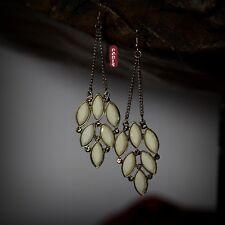 Boucles d`Oreilles Longue Plume Chandelier Blanc Vintage Style Soirée EE 5
