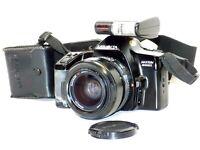 Minolta Maxxum 3000i 35mm SLR Film Camera W/ Flash & Lens