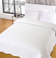 Geometric Traditional Decorative Bedspreads