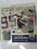 Mcfarlane Legend Series 2 Wayne Gretzky Edmonton Oilers White Jersey NHL Figure