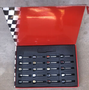 Scuderia Ferrari 430,458,488,599,812,FF,F12,California Wheel Stud Quantity 20