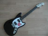SQUIER  FENDER MUSTANG Bullet BLACK , chitarra elettrica Nuova! offertissima..