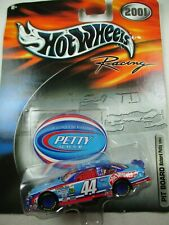 Hot Wheels 1:64 Racing Series 2001 Pit Board- Richard Petty #44