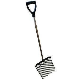 STABLE LIGHTWEIGHT HAY PITCH CHIP FORK RAKE barn horse manure scoop farm