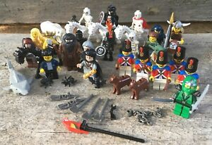 LEGO Mixed LOT of 24 Minifigures + Weapons, Animals, Accessories