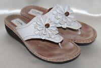 CLARKS Artisan White Leather Flower Flip Flop Thong Sandal Sz 9