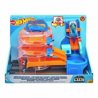 Hot Wheels Super Spin Dealership Garage with 1 x Car Toy Set New