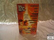 eXistenZ (VHS, 1999) Jennifer Jason Leigh Jude Law Ian Holm Brand New