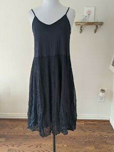 COMFY USA SIZE SMALL S NAVY CRINKLE DRESS