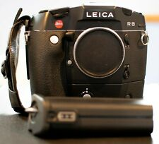 Leica R8 35mm film camera plus motordrive and charger