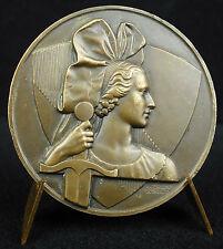 Médaille Strasbourg navire de ligne jeune strasbourgeoise en coiffe trad medal