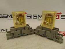 IDEC RH1B-L Relay DC24V w/Base (Lot of 2)
