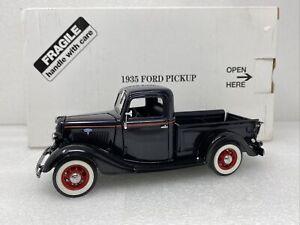 1/24 Danbury Mint 1935 Ford  Pickup Black READ ME