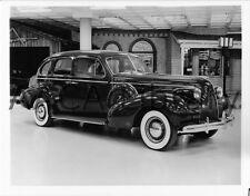 1939 Buick Model 81C Roadmaster Touring Sedan, Factory Photo (Ref. # 28223)