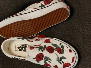 Vans Classic Slip On Red Roses White Sneakers Womens Sz 7 Mens 5.5 NWT Floral