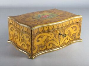 Vintage Box Jewelry Box Decoration A Pyrograph And Painting Xx Century