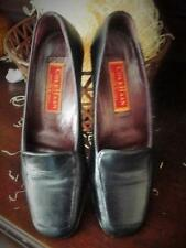 COLE HAAN SIZE 7 AA  NAVY ALL LEATHER LOW HEELS LOAFERS SLIP ONS ITALY ITALIAN