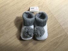 Boys/Girls Pom Pom Knitted Bootees 3-6 Months By Soft Touch