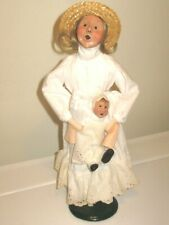 Byers' Choice 1992 Carolers Victorian Woman Holding Baby