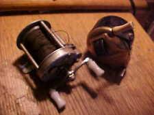 2 Vintage Fishing Reels pflueger nobby 1963 and bronson dart 905