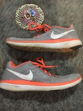 Nike Women's Size 11 Flex Run 2016 Coral Mango And Gray Athletic Shoes