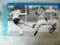 Press Photo- Football Player in action to Goal (Org,apx. 9.5x6 cm)