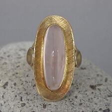 Ring mit einem Rosenquarz in 333/8K Gelbgold Handarbeit