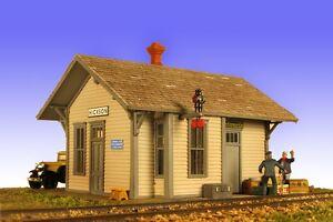 Monroe Models HO Scale Trains 2210 Hickson Depot Building Model Railroad Kit