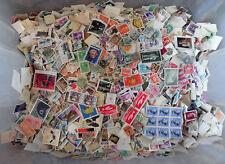 100 Grammes, All World Stamps Collection mélange. OFF PAPER no GB. nouveau lot 40